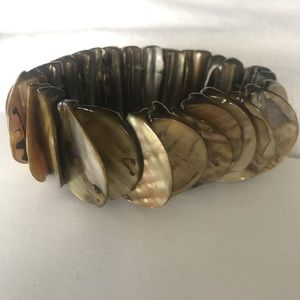 Jewelry - 🌟3/$25 Tan Mother of Pearl Stretch Bracelet